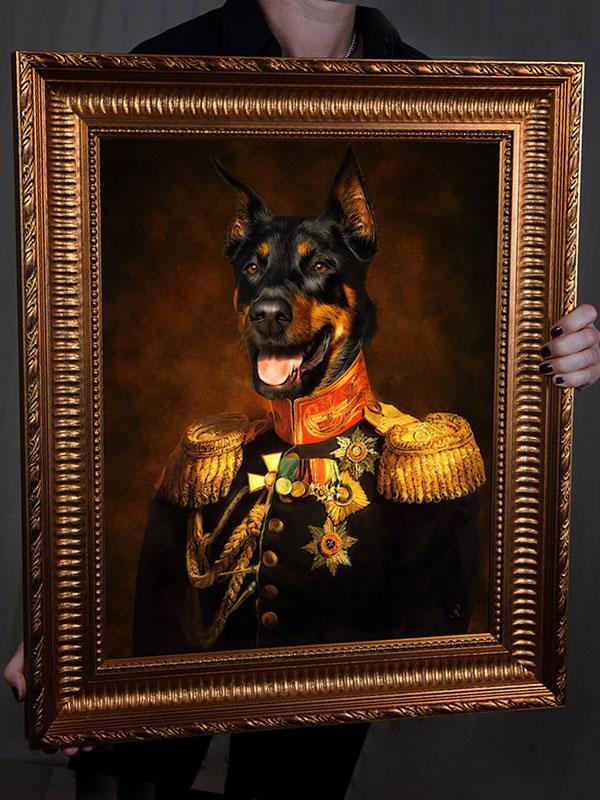 Dobermann in Uniform, Bild Hund in Kleidung, Bild kaufen Hundebekleidung