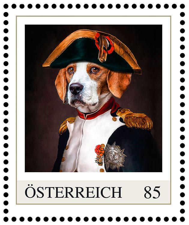 """Hundeportrait Beagle """"Popeye"""", Napoleon Bonaparte, Gemälde Hund in Kleidung Briefmarke Post österreich"""